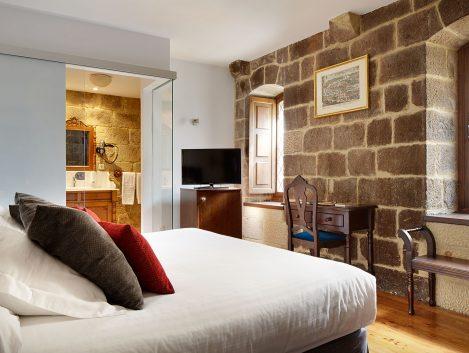Hotel Saiaz Getaria - Iñaki Caperochipi