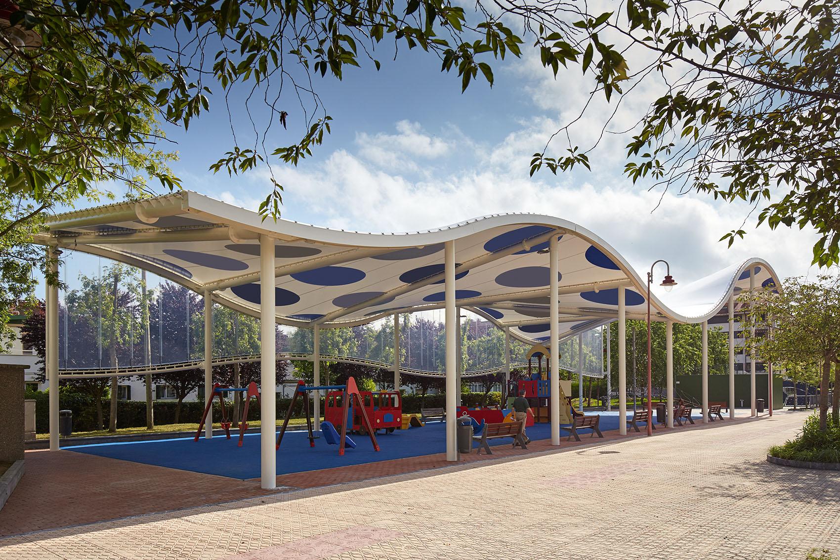 Parque Igerain Gain - Iñaki Caperochipi - Fotografía