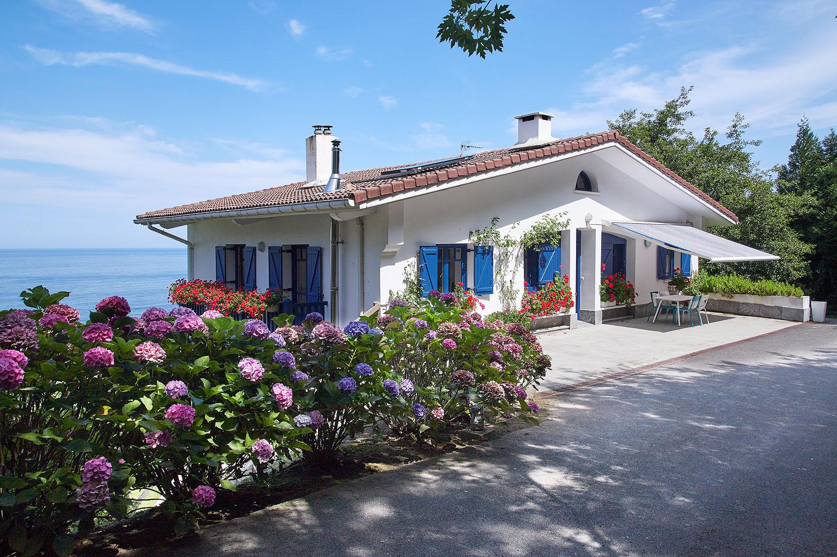 Casa Rural Lazkano Etxea by Aterian - Iñaki Caperochipi - Fotografía