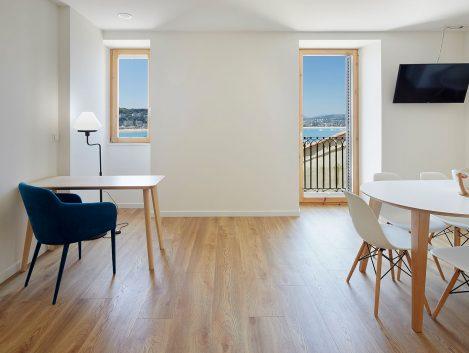 SANSEbay Apartamentos - Iñaki Caperochipi