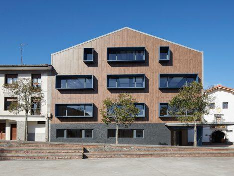 Nuevas escuelas de Alkiza - Iñaki Caperochipi