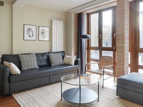 Apartamentos Duque de Ahumada by Pamplona Apartments - Iñaki Caperochipi