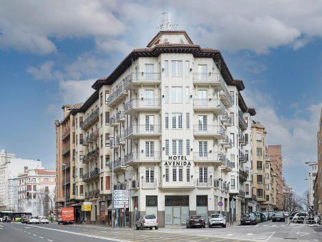 Hotel Avenida - Iñaki Caperochipi